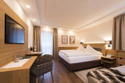 Architektur-Fotografie-Hotel-Brunnenhof-Neustift-Doppelzimmer-Christoph-Hasibeder-Innsbruck