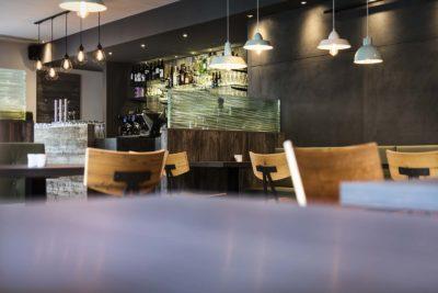 Architektur-Fotograf-Herr-Klaus-das-Restaurant-Christoph-Hasibeder-Fotograf-Tirol